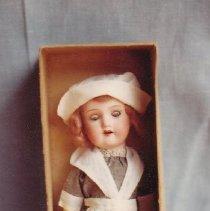 Image of 69.25.1.a,b - Pilgrim Doll, in Box
