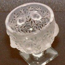 Image of 74.107 - Lalique Vase Elizabeth