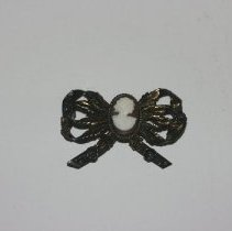 Image of 75.045 - Woman's Brooch