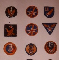 Image of 77.537.30-41 - Collection of U.S. Army Shoulder Sleeve