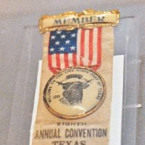 Image of 79.123.5 - Ribbon Badge; Texas Live Stock Assocatio
