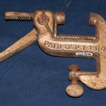 Image of 81.042 - Nut Cracker