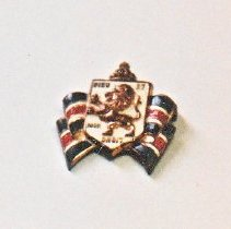 Image of 86.018.13 - Bundles For Britain Pin