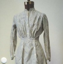 Image of 86.030.11 - Dress