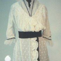 Image of 86.030.28 - Dress