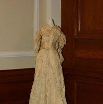 Image of 2015.020.11 - Wedding Dress