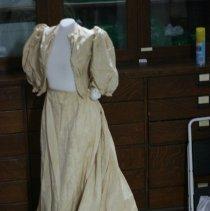 Image of 85.069.a,b - Wedding Dress