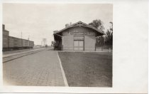 Image of Postcard - Chicago & Great Western Depot, Sycamore, Illinois