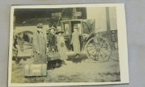 Image of John and Florence Thompson family ready for travel