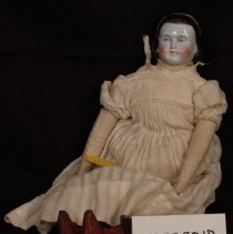 Image of W.1983.30.17 - Doll