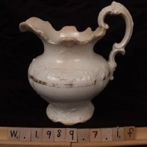 Image of W.1989.7.1f - Pitcher
