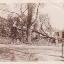 Image of 1938 Huricane damage at Albert R. Wall house Granitville