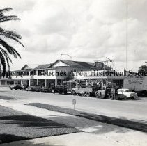 Image of The 200 Block of Pablo Avenue - Jacksonville Beach, Florida 200 block of Pablo Avenue, looking northwestward from City Hall  Published:  The Beach News & Advertiser, Tuesday, December 19, 1961