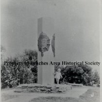 Image of Ribault Monument