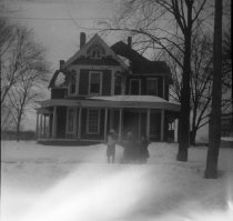 Image of Stearns Home 720 William Street circa 1921