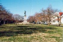 Image of Hugh Mercer Monument  - Fredericksburg, Virginia 1998