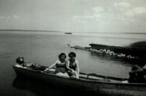 Image of Mildred and Evelyn Cooper