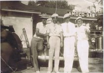 Image of Sam Perry (L), Woodrow Graves (2nd left) others unidentified