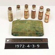 Image of Bottle, Medicine - Medicine bottle