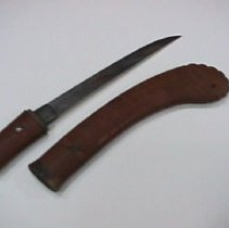 Image of knife and scabbard