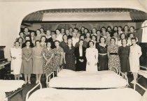 Image of 1992.032.003.002 - Women's organization - Red Cross ?