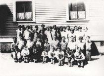 Image of 1996.021.001 - 1928 Nelson School-6th grade