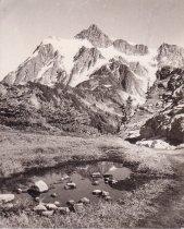 Image of Mt Shuksan