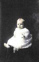 Image of 1998.031.013 - Mary Emma Sharpe (7 months)