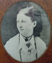 Image of Annie Curtis