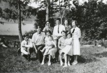 Image of Ludvig Elvebak family