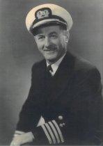 Image of Captain Earl E. Fowler