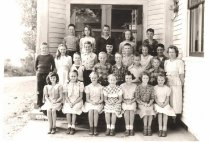 Image of 1949-1950 4th & 5th grade students, Fidalgo School