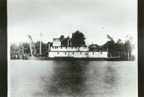 Image of SKAGIT I, 1909 in Snonohomish River.