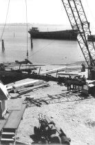 Image of Crane lifting conveyor (.022)