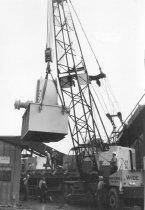Image of Crane lifting fan 1969 (.023)