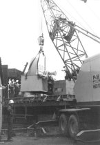 Image of Crane setting fan (.024)