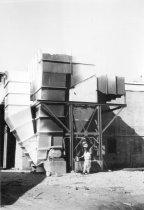 Image of New scrubbing equipment 1967 (.090)