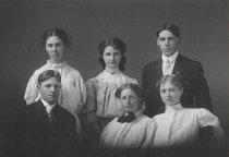 Image of 1907 AHS Graduation class