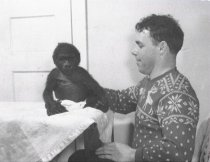 Image of Bill Lowman with Bobo in Ohio