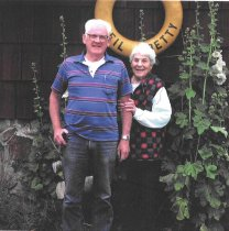 Image of Neil and Betty (Lowman) Carey