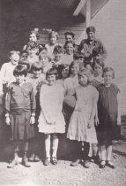 Image of GUEMES SCHOOLCHILDREN 1926