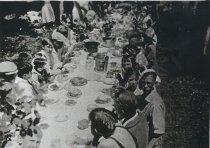 Image of Guemes Island Students picnic