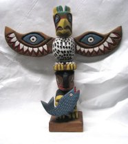 Image of 2010.049 - Totem carving