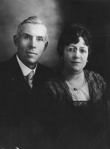 Image of Captain and Mrs Harry Rickaby