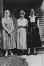 Image of Edith and Esther Lifrendal, and Madge Straw- c.1915
