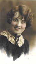 Image of Carolyn Shaw - c.1935-1940