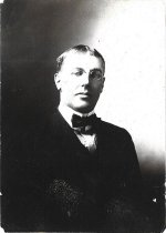 Image of D.I.207.002 - Douglas Allmond - January 1906