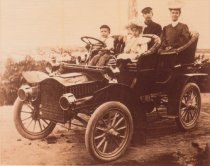 Image of Don Wilder family c1912