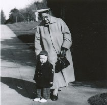 Image of Helen Campbell Shaw w/grandson Lewis Jones