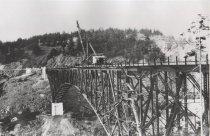 Image of D.V.060.A,B - Building Deception Pass bridge